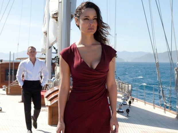 Berenice Marlohe: Κερδίζει τις εντυπώσεις στην νέα ταινία του James Bond, Skyfall
