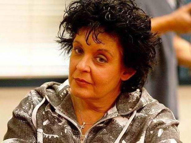 Λιάνα Κανέλλη: Οπλοφορώ από τότε που με χτύπησαν φασίστες!