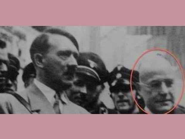 Spiegel: Ὀταν μια γερμανική πόλη υπερασπίζεται παθιασμένα έναν Ναζί