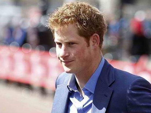 Πρίγκιπας Χάρι: Τα... όργιά του έγιναν βιντεοπαιχνίδι!