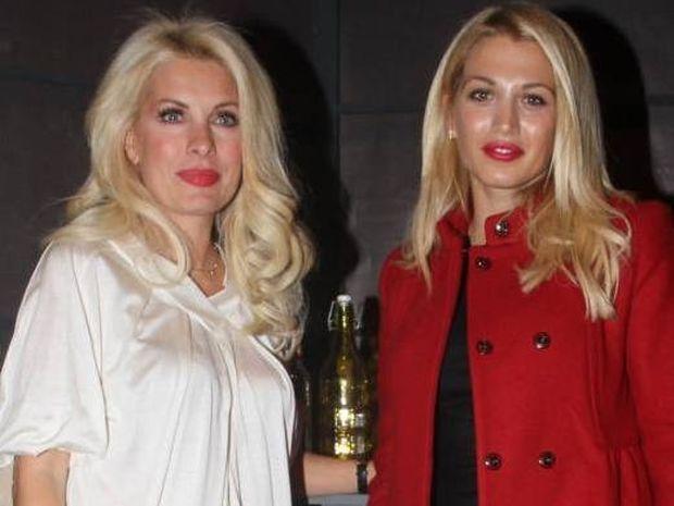 Μετακομίζει η Μενεγάκη στη βραδινή ζώνη και τη θέση της παίρνει η Σπυροπούλου;