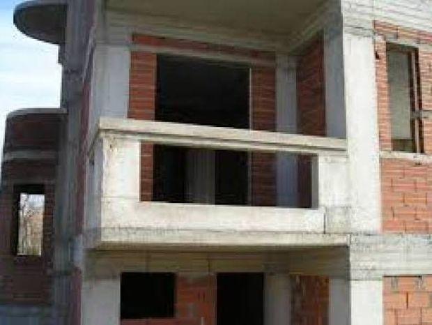 Γιάννενα: Έπαθε ΣΟΚ με αυτό που αντίκρισε στη σκάλα της οικοδομής