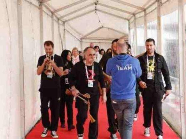 Eurovision 2013: Το απρόοπτο της ελληνικής αποστολής!