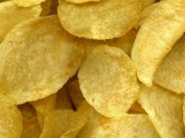 VIDEO: Πώς φτιάχνονται τα αγαπημένα μας πατατάκια;