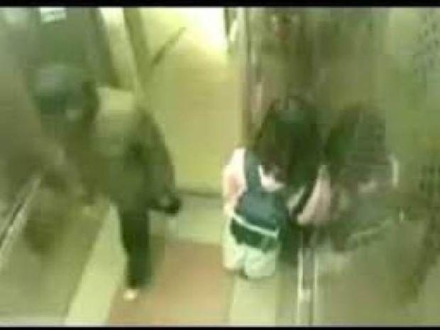 Βίντεο: Πιτσιρίκα τσάκισε στο ξύλο επίδοξο βιαστή μέσα σε ασανσέρ