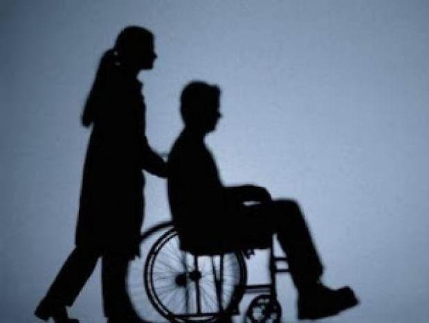 ΣΟΚ: Πλούσιοι προσλαμβάνουν ανάπηρους για να...