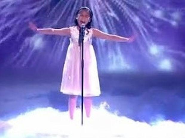 VIDEO: Ανατρίχιασε η Βρετανία με την φωνή της 11χρονης…
