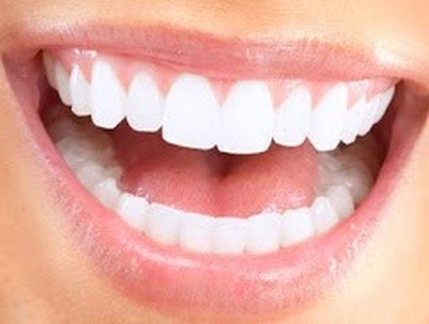 6 λάθη που βλάπτουν τα δόντια