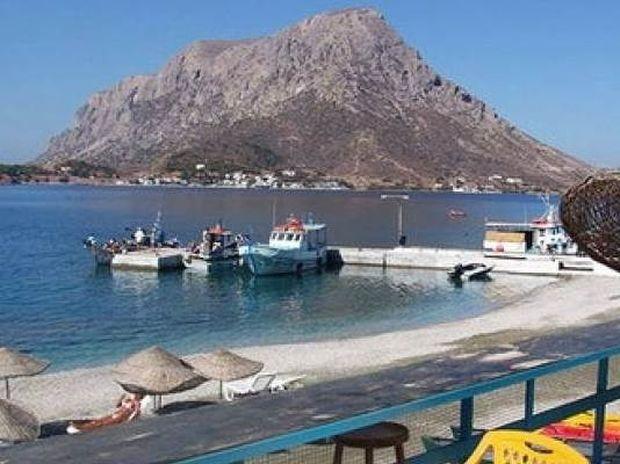 CNN: Στα καλύτερα beach bars του κόσμου 2 ελληνικά (pics)!