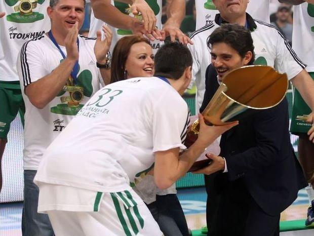 Πρωταθλητής και Κυπελλούχος Ελλάδας ο… ΠΑΝΑΘΗΝΑΪΚΟΣ