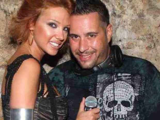 Σάσα Μπάστα: Παντρεύεται με τον Dj Valentino τον Αύγουστο!