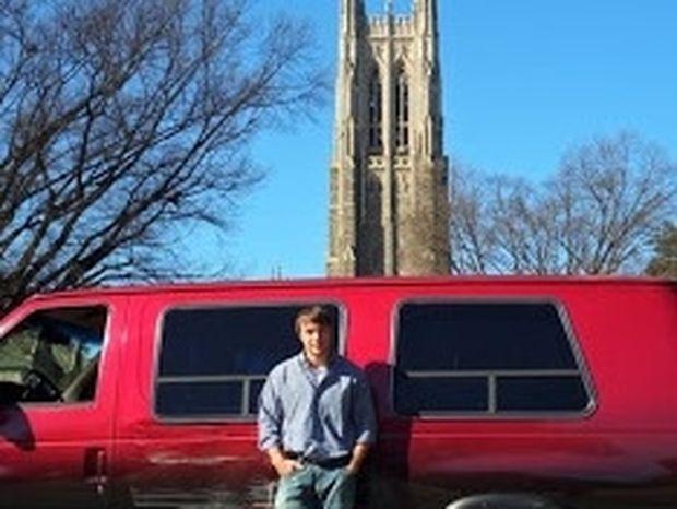 ΗΠΑ: Φοιτητής ζούσε σε φορτηγάκι για δύο χρόνια!