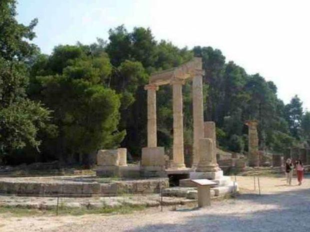 Έκαναν βόλτα γυμνοί στην Αρχαία Ολυμπία