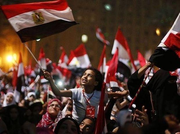 Αίγυπτος: Εξ... Ουρανού και Πλούτωνα το πραξικόπημα