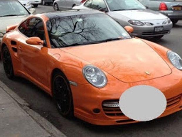 ΔΕΙΤΕ: O Eλληνάρας πήρε turbo Porsche στη Νέα Υόρκη και έβαλε τη πιο γελοία πινακίδα