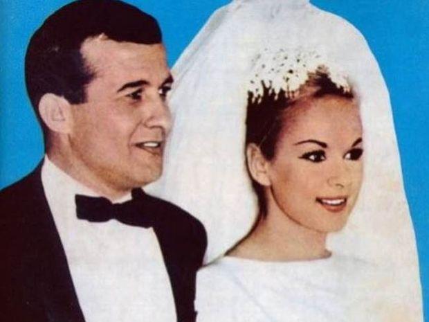 Άγνωστες λεπτομέρειες από τον γάμο της Αλίκης και του Δημήτρη