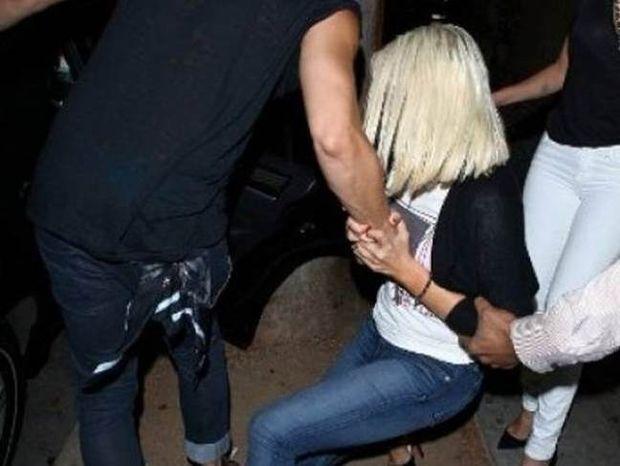 Ποια star κυλιέται στα... πεζοδρόμια έπειτα από ξέφρενο clubbing;