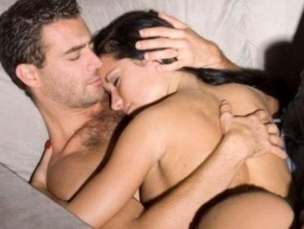 5... υποχθόνιοι τρόποι για να φλερτάρετε έναν άντρα!