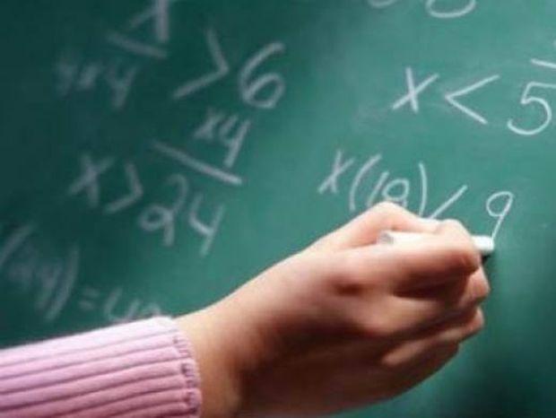 Η απίστευτη τιμωρία καθηγητή μαθηματικών σε σκανταλιάρη μαθητή!