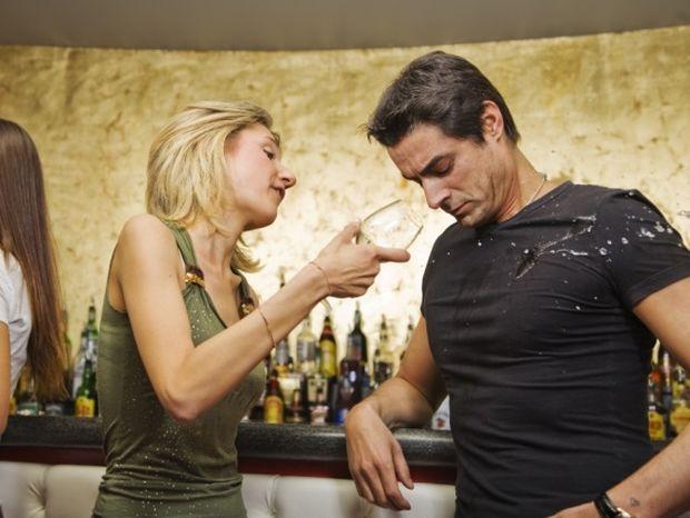 Ζώδια: 12 Τρόποι για να καταστρέψετε το ραντεβού σας!