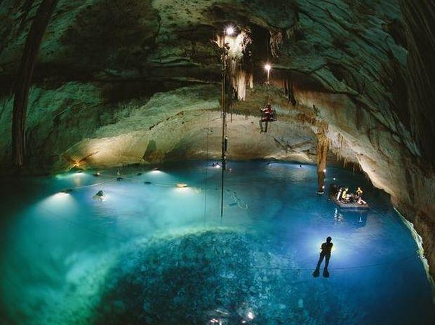 ΔΕΙΤΕ: Υποβρύχια σπηλιά με κρανία των Μάγια ανακαλύφθηκε στο Μεξικό