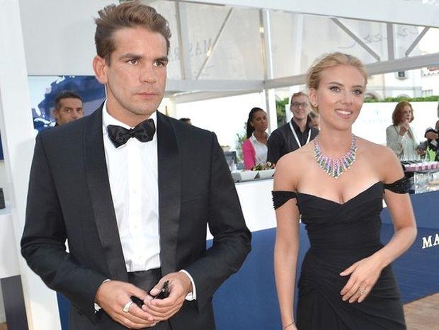 Scarlett Johansson: Νέα ταινία και γάμος για την σέξι Τοξοτίνα;