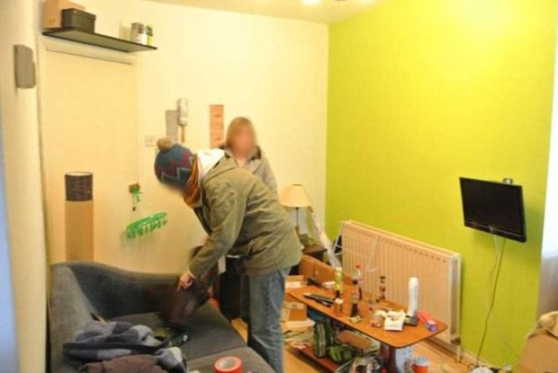 Ζητά 1000 ευρώ νοίκι και δείτε πως είναι το διαμέρισμα! (pics)