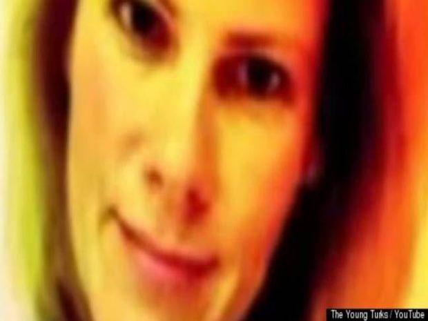 Η ξανθιά αστυνομικός που ανέβασε στο Διαδίκτυο γυμνές της φωτογραφίες