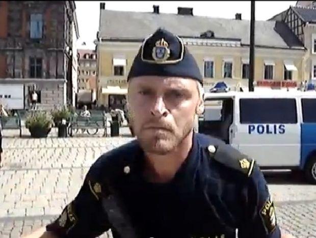 Όταν τραβάς βίντεο την αστυνομία στην Σουηδία… δες τι θα αντιμετωπίσεις!!! (βίντεο)