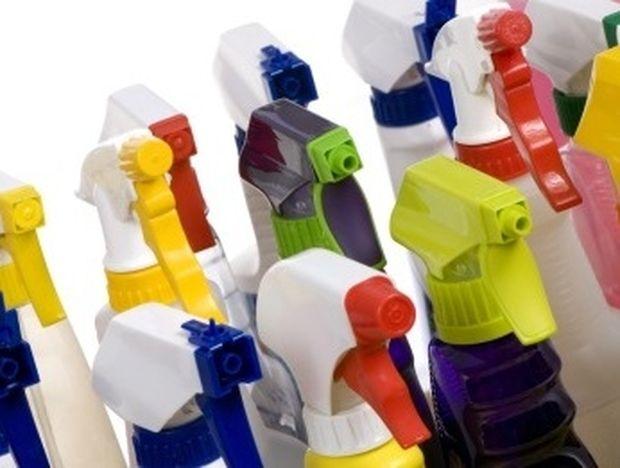 ΣΟΚ: Τα οικιακά χημικά ενοχοποιούνται για καρκίνο... Ποια είναι τα πιο επικίνδυνα;
