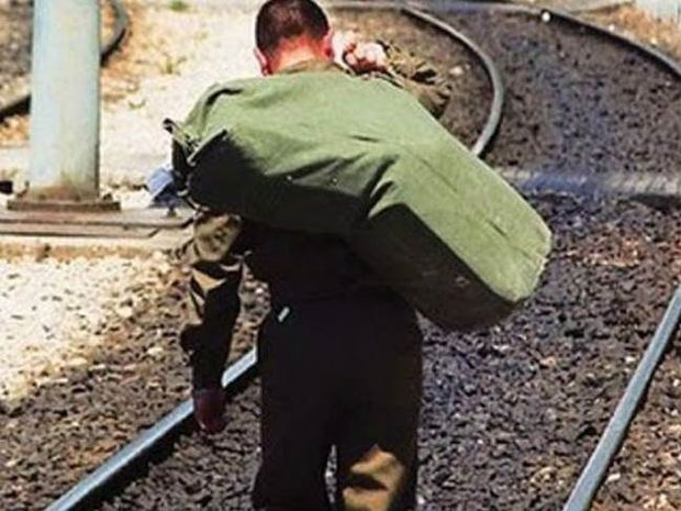 Η πιο ξεκαρδιστική αίτηση απαλλαγής από το στρατό!