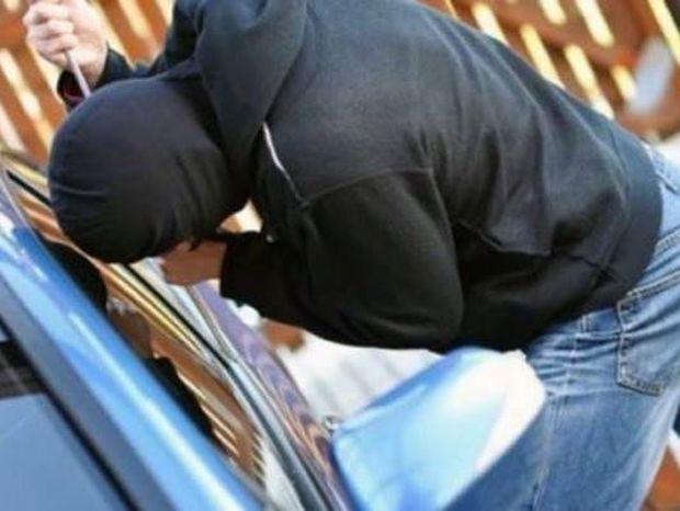 Προσοχή: Νέο κόλπο ληστών για να αρπάζουν αυτοκίνητα!