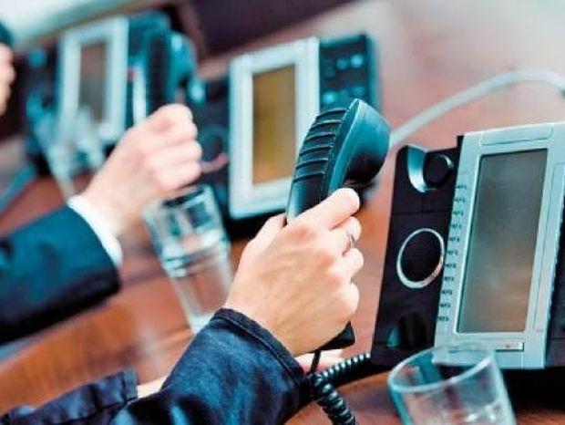ΠΡΟΣΟΧΗ: Εισπρακτικές εταιρείες καταγράφουν τις συνομιλίες με σκοπό...