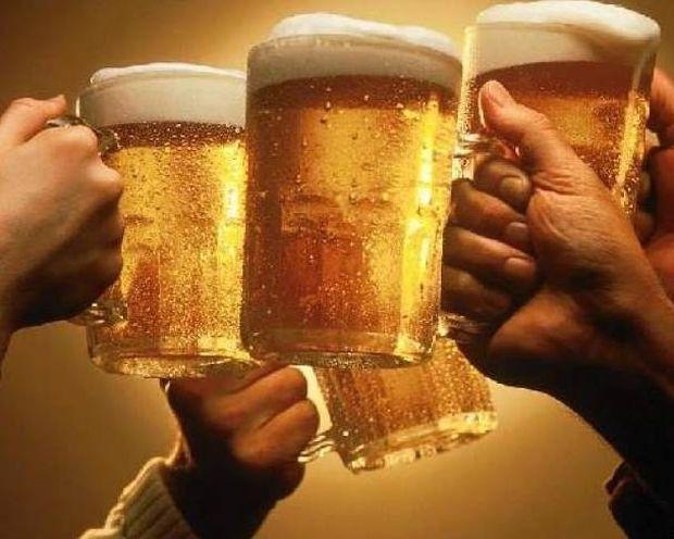 Τι προκαλεί στον οργανισμό μας η μπύρα;