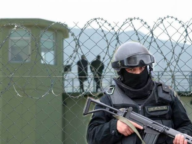 Συναγερμός στην Ελλάδα για την απόδραση των πάνοπλων Αλβανών κακοποιών