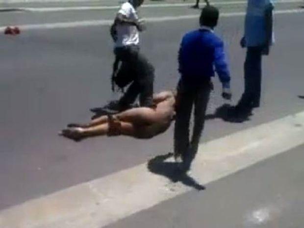 Ν. Αφρική: Βίασαν και λιθοβόλησαν μέχρι θανάτου! (video)