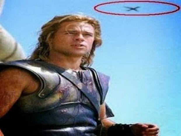 Δείτε τα μεγαλύτερα fails σε ταινίες (pics)