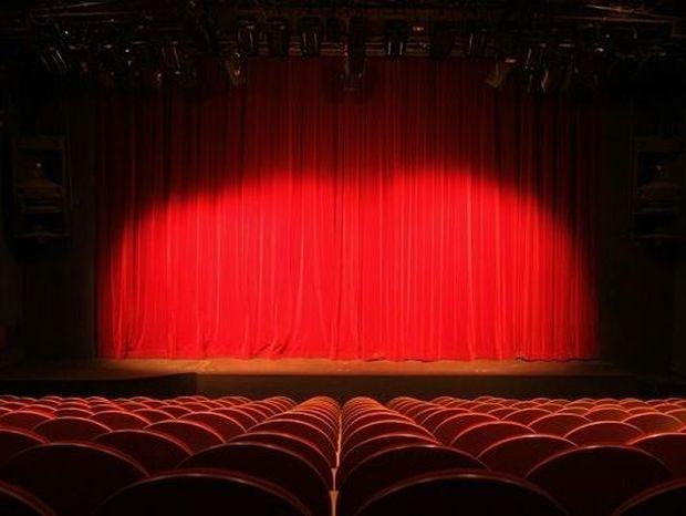 ΤΡΑΓΙΚΗ ΕΙΡΩΝΕΙΑ: Η ηθοποιός που πέθανε στη σκηνή, ενώ έπαιζε τον θάνατό της