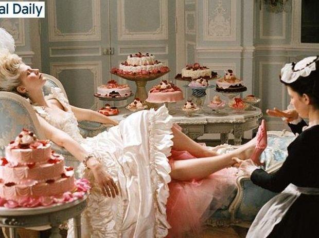 Αδυνατίστε με γλυκά και τούρτες όπως η Μαρία Αντουανέτα!