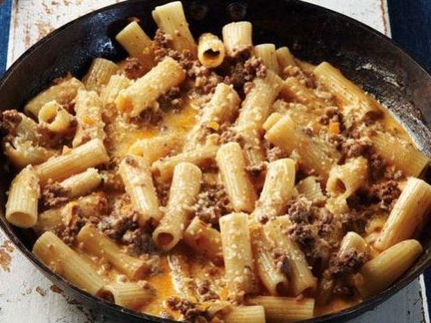 Συνταγή για παστίτσιο-αστραπή... στο τηγάνι