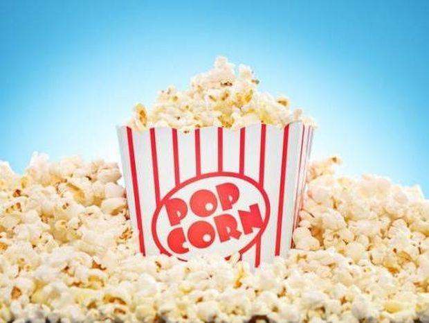 Πόση ζάχαρη περιέχει το ποπ κορν του σινεμά – θα εκπλαγείτε!