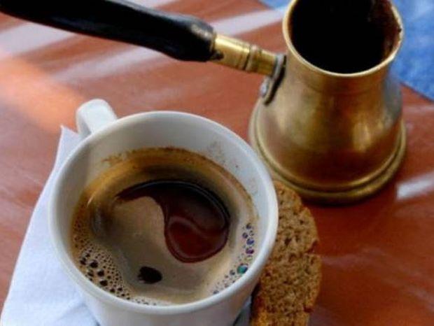 ΧΡΗΣΙΜΟ: Απλές συμβουλές για έναν τέλειο ελληνικό καφέ