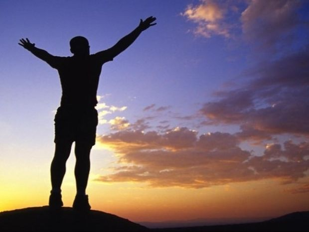 2 πράγματα που κάνουν όσοι έχουν αυτοπεποίθηση! Δοκίμασέ τα