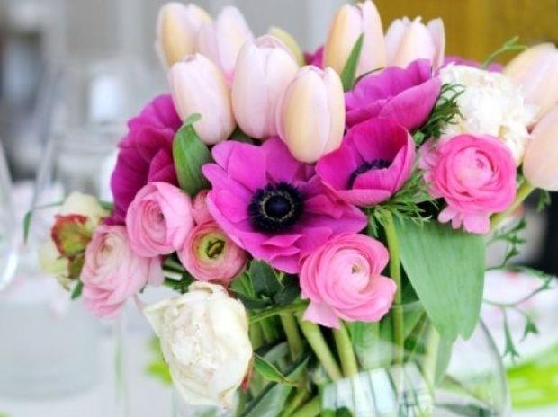 Πώς θα κρατήσετε τα λουλούδια στα βάζα σας ζωντανά για περισσότερο