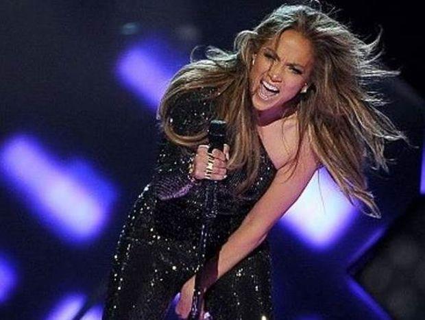 Μουντιάλ 2014: Δεν θα τραγουδήσει live η Τζένιφερ Λόπεζ (photos)