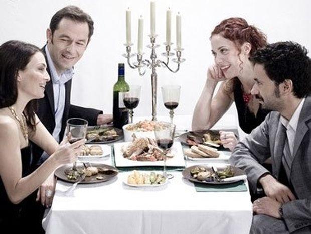 Φαγητό έξω: Τι να κάνεις όταν βρίσκεσαι σε δίαιτα