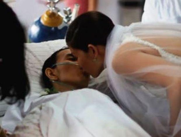 Το βίντεο που θα σε λυγίσει: Την παντρεύτηκε και μετά έκλεισε τα μάτια του για πάντα…
