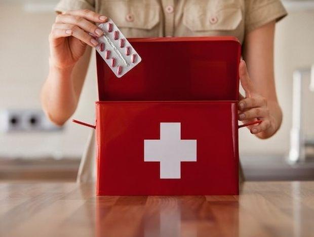 Πως θα ετοιμάσετε το φαρμακείο των καλοκαιρινών διακοπών