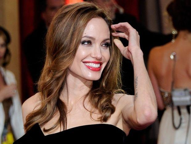 Angelina Jolie: Η μήνυση της Διδυμίνας και οι παλιές της αμαρτίες