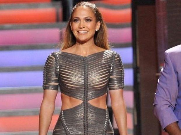 Σηκώνουμε τα χέρια ψηλά! Το πρόσωπο της Jennifer Lopez χωρίς make up δεν υπάρχει!